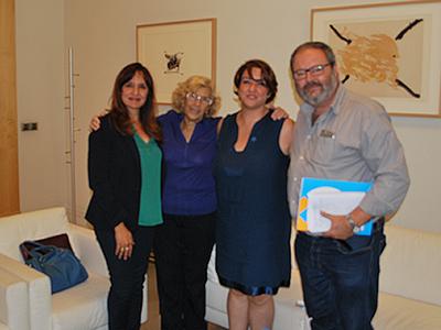 Sara Pascual, Manuela Carmena, Beatriz Dueñas y Javier Barbero una vez finalizada la reunión