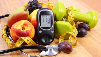 Glucómetro y fruta