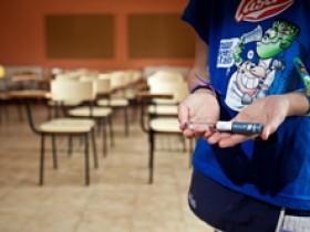 Familia logra protocolo de actuación para integrar a su hija con diabetes tipo 1 en el colegio