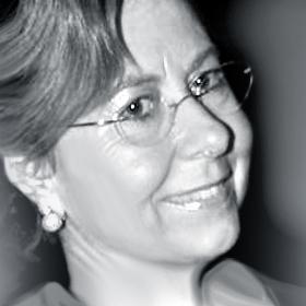 Dª. Mercedes Rizo - Patrona