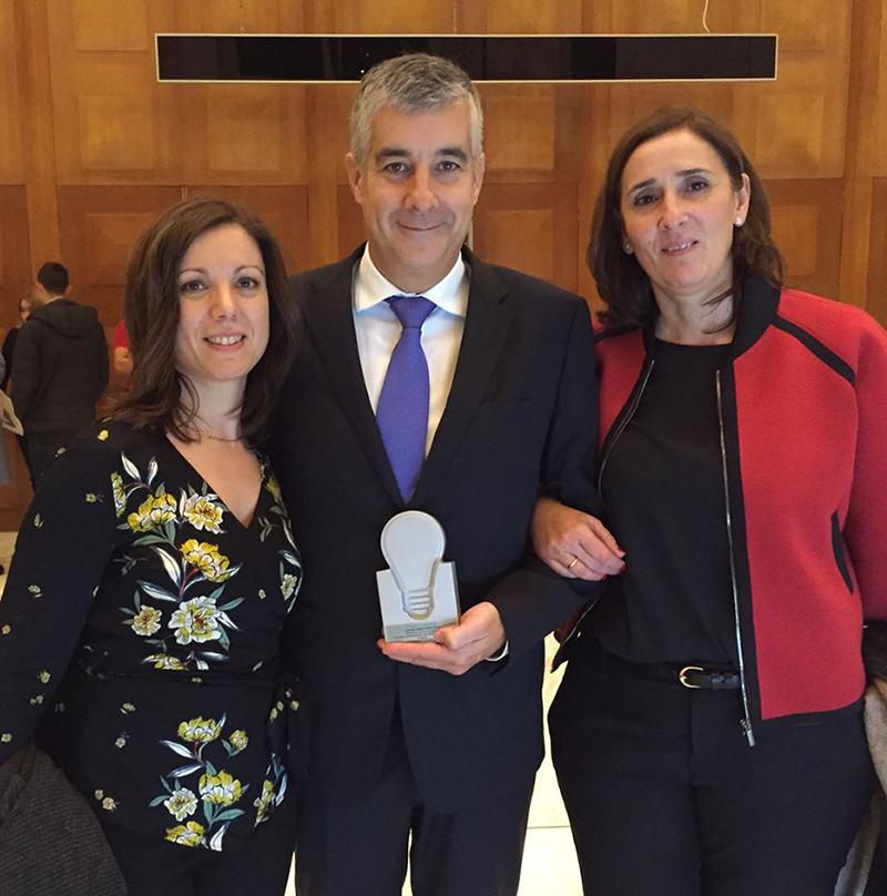 De izqda. a dcha.: Pilar Bodas, responsable de proyectos, Vicente Ricoy, Patrono, y Ana Mateo, Gerente de la Fundación para la Diabetes