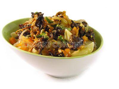 Macarrones salteados con verduras
