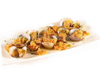 Almejas en salsa de almendras