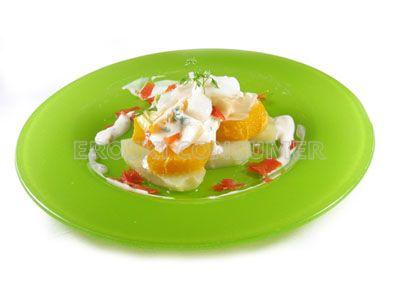 Ensalada de endibia, bacalao y naranja con patata