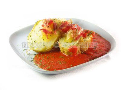 Patatas asadas con salsa de pimiento del piquillo