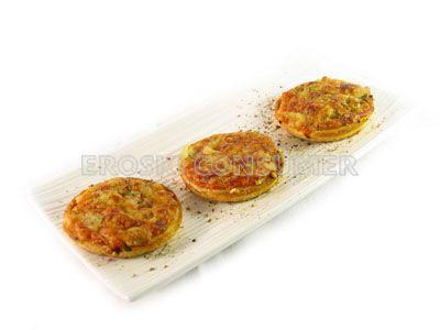 Mini pizzas caseras de atún, queso y cebolleta fresca