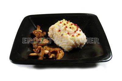 Lomo de rape asado con pimienta rosa y lima
