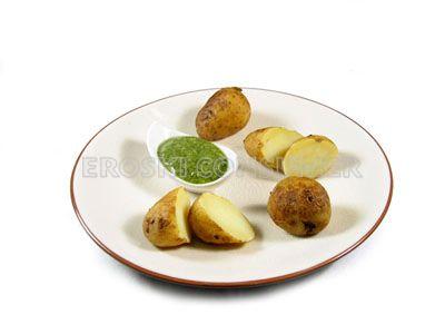 Patatas arrugadas con mojo de cilantro