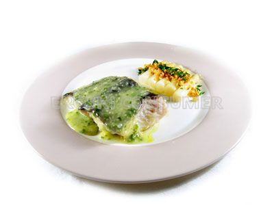 Lomos de bacalao en salsa verde