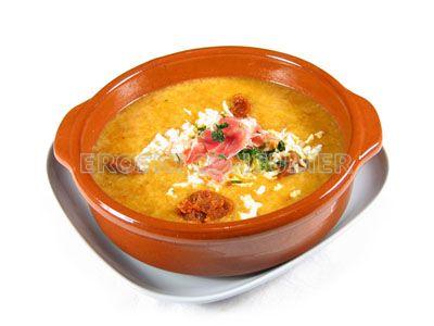 Sopa de ajo castellana
