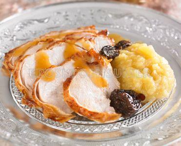 MENÚ DE NAVIDAD. <br />2º Plato: <br />Pavita asada con frutos secos, manzanas y jugo de asado