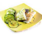Bacalao fresco al horno con salteado de calabacín